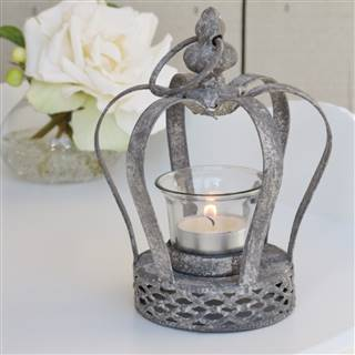 £9.99<br /><a href='/home-accessories/candles-and-holders/crown-tea-light-holder-2' target='' title=''>for more details</a>