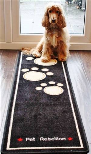 Dog Runner Mat Paws Black