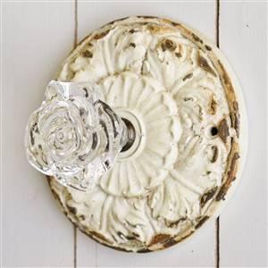 Cream Ornate Door Knob