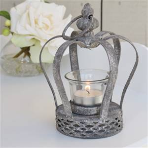Crown tea light holder