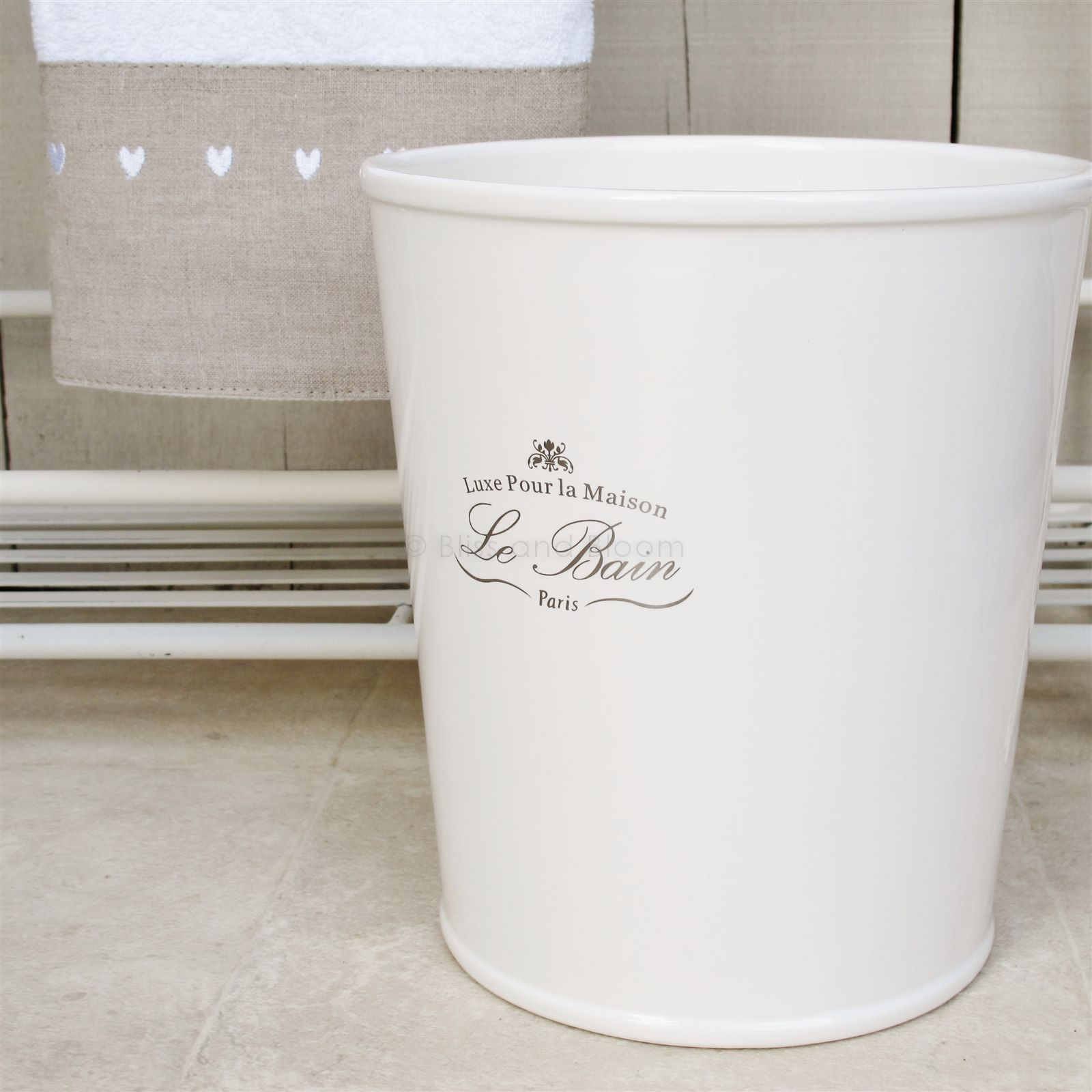 Le bain ceramic bin bliss and bloom ltd for Ceramic bathroom bin