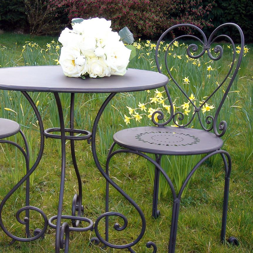 French Kitchen Garden: Black Heart Back Bistro Set