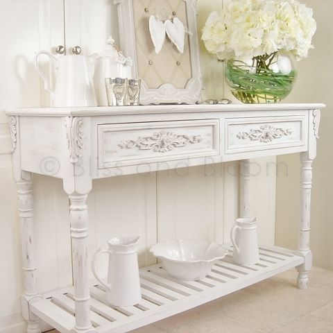 Elegant white console table Bliss and Bloom Ltd