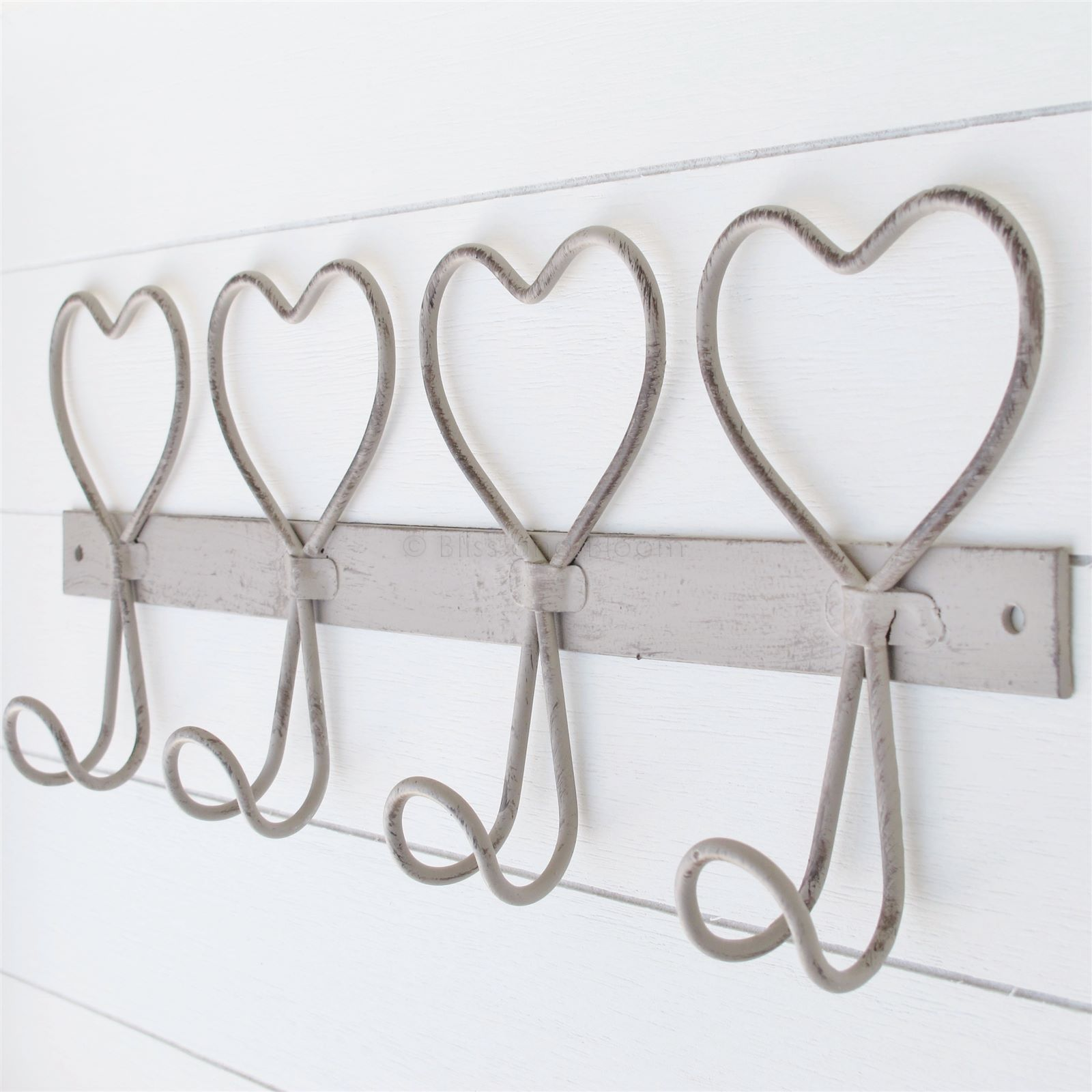 Wire 4 Heart Wall Hook   Bliss and Bloom Ltd